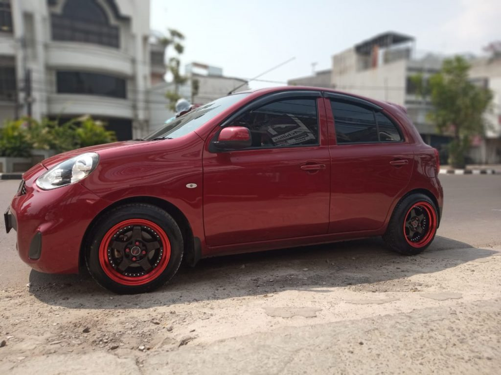 Nissan March Modif Velg Ring 15 HSR SC 02