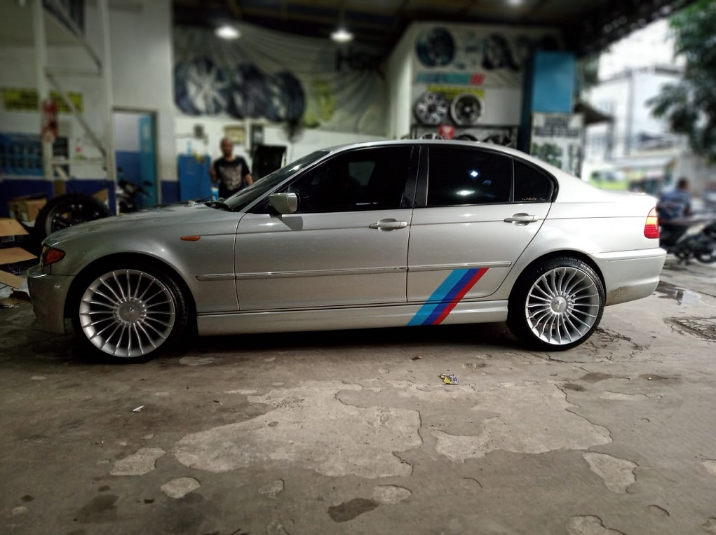 BMW Seri 3 On Modified
