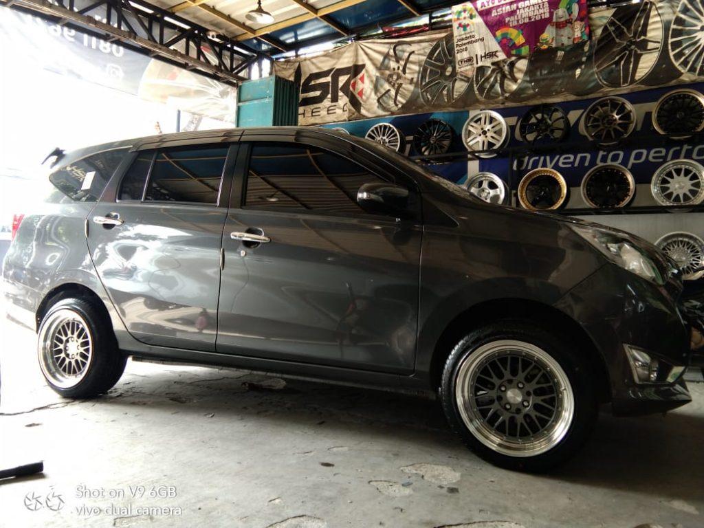 Modifikasi Daihatsu Sigra Pakai Velg Hsr Ring 16 Project Wheel