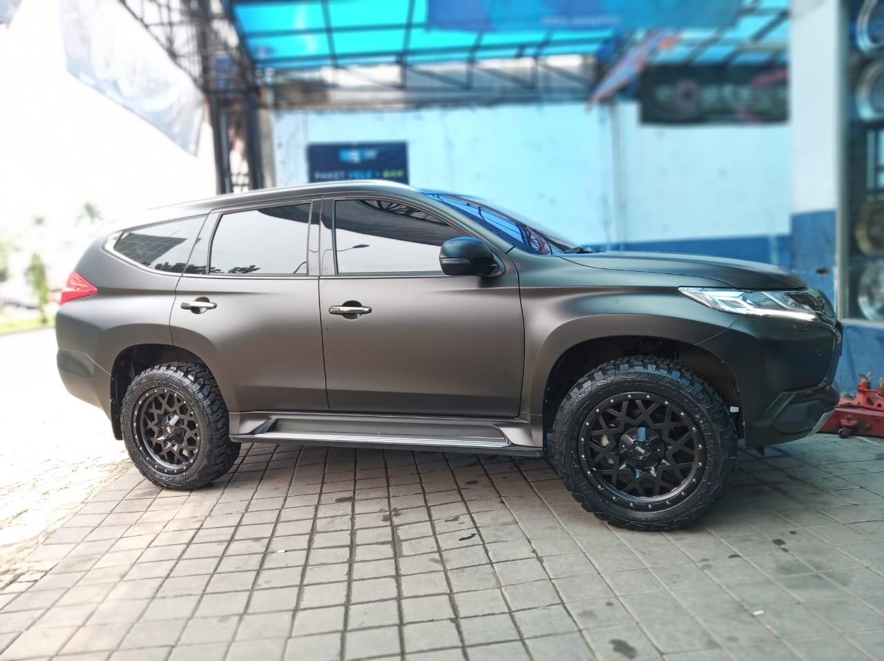 Modifikasi Offroad Pajero Ring 20 Jakarta Project Wheel