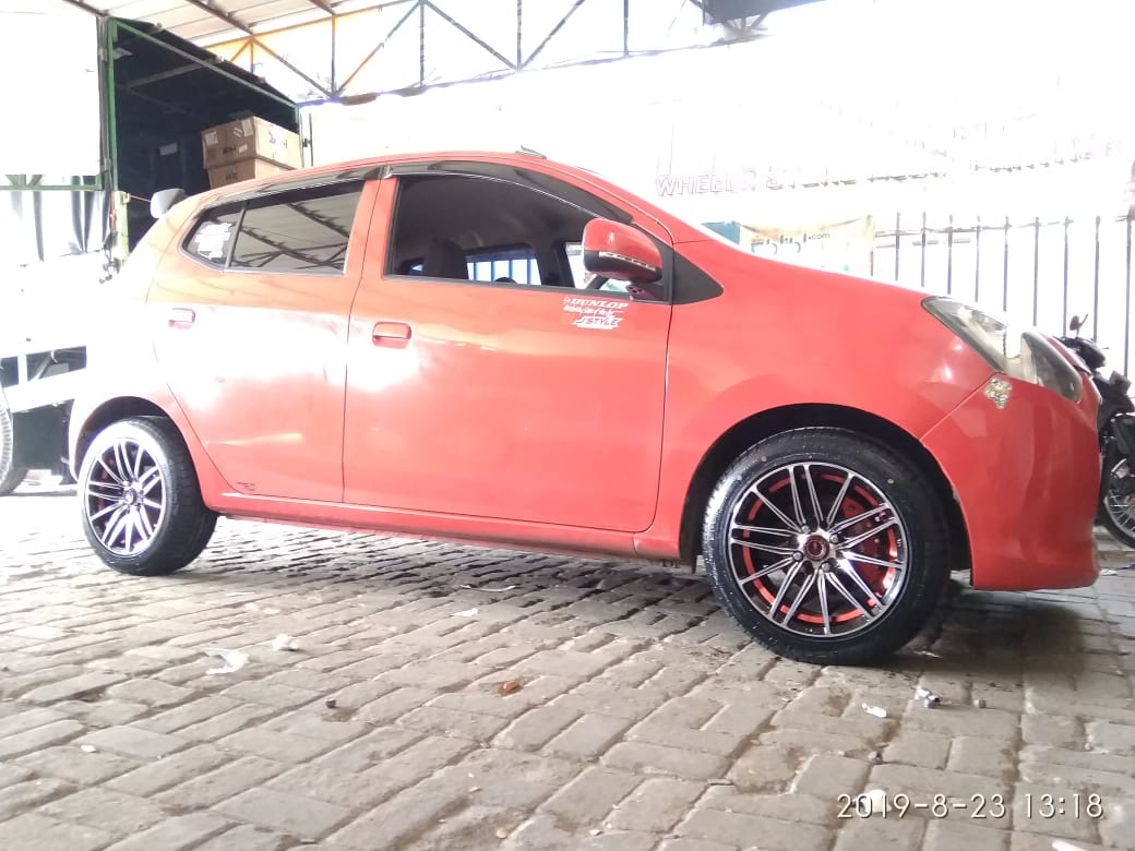 81 Koleksi Modif Mobil Ayla Warna Merah Terbaru