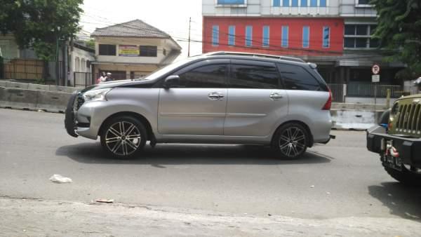Xenia Ring 17 Jakarta Selatan