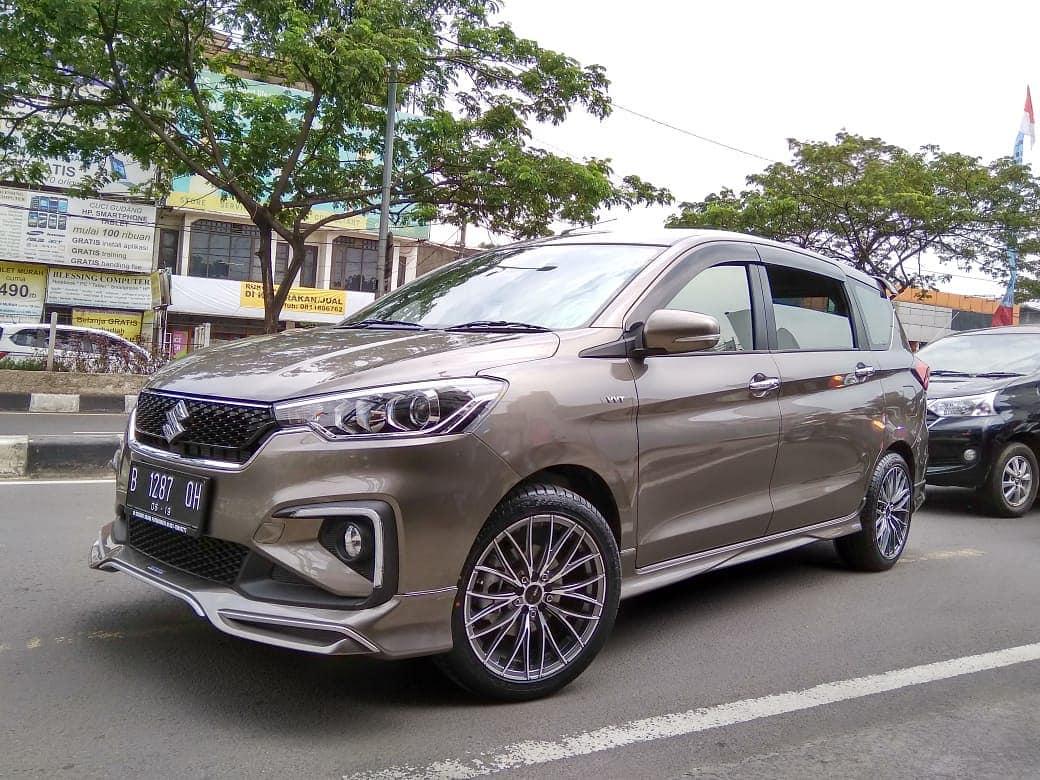 Suzuki Ertiga modif velg HSR di Rajawali Auto Gallery Jakarta Selatan