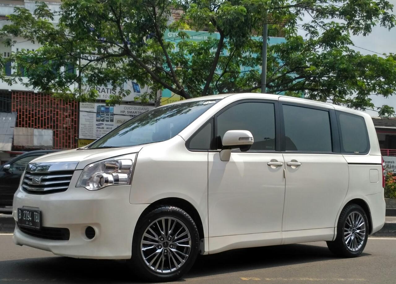 Kekurangan Toyota Nav1 Perbandingan Harga