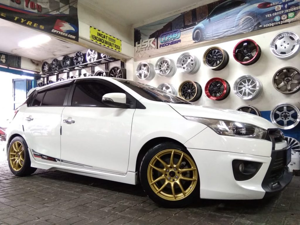 yaris modif velg kamikaze ring 16x7 gold
