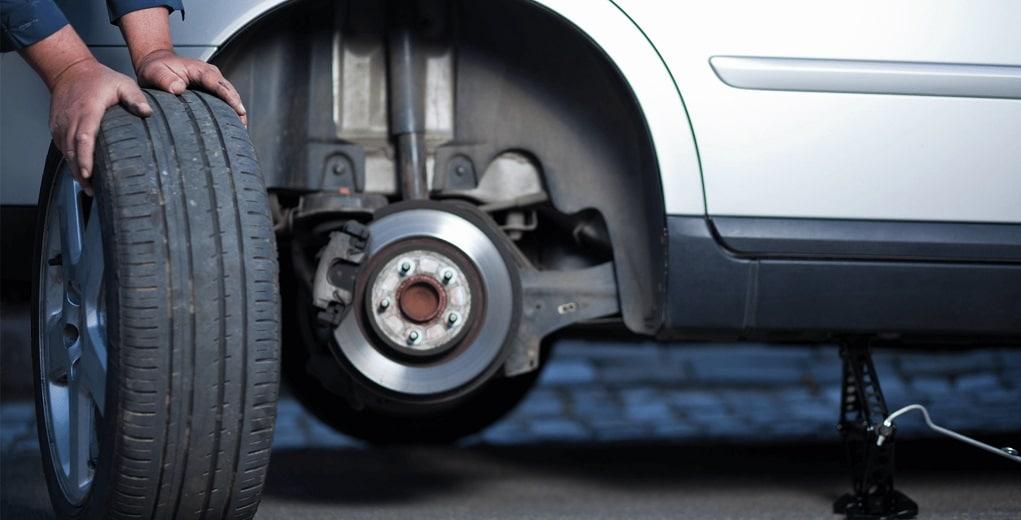 Rotasi Ban Mobil Untuk Merawat Mobil