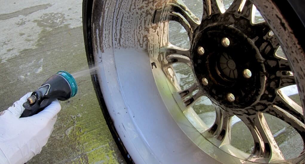 Merawat Velg Mobil-Tips Cuci Velg Mobil