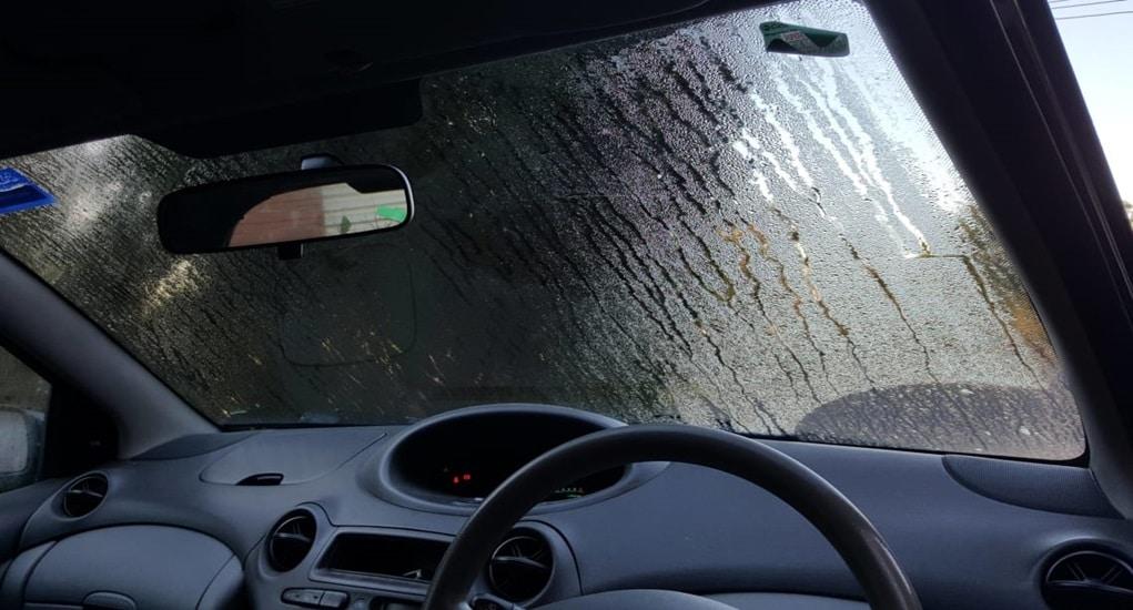 Gunakan 5 Fitur Mobil Ini Saat Musim Hujan