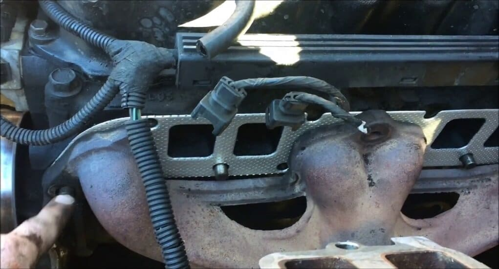 intake dan exhaust manifold