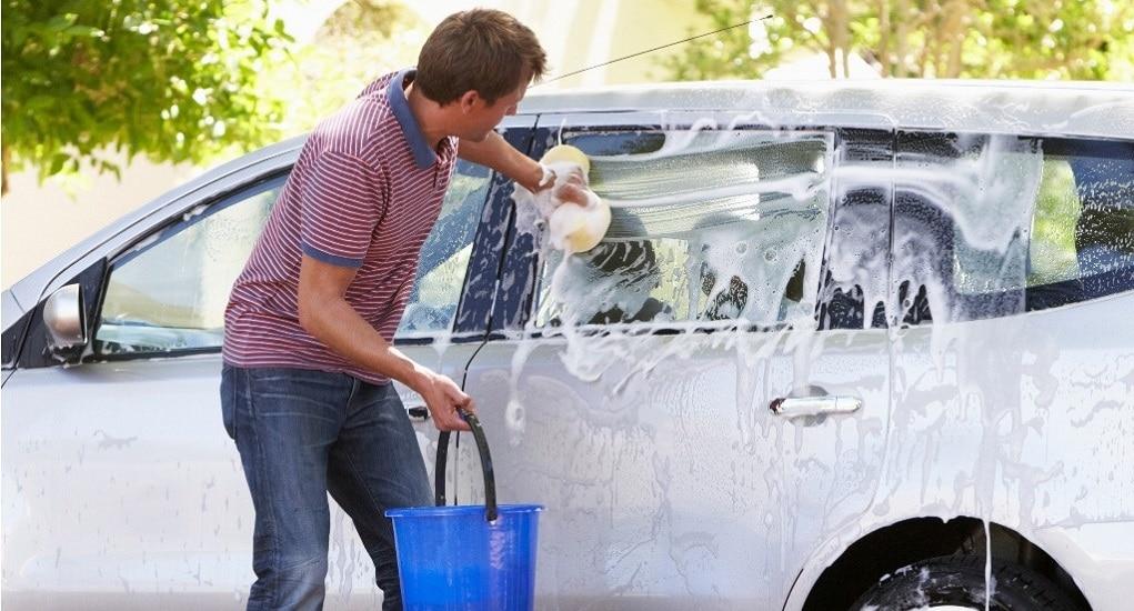 Inilah Kesalahan Dalam Mencuci Mobil yang Membuat Cat Mobil Jadi Rusak