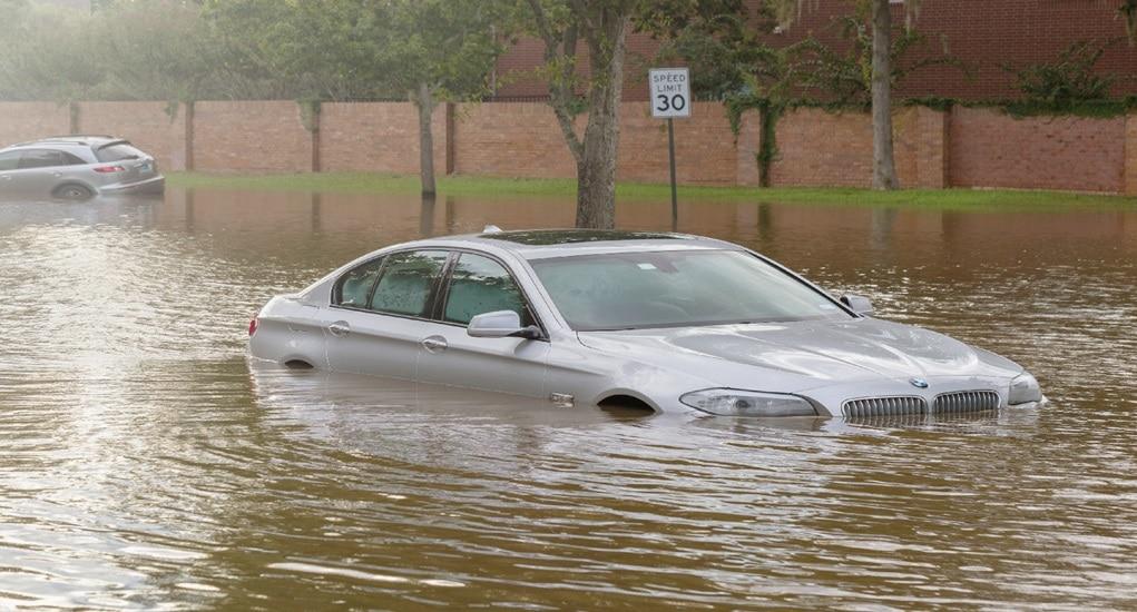 Penanganan Setelah Banjir, Lakukan 5 Hal Ini Pada Mobil Kamu!