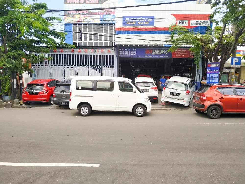 Toko Velg dan Ban Mobil Semarang